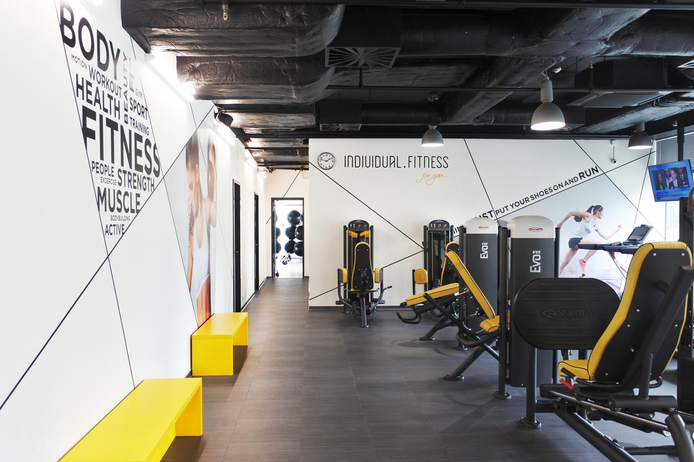 Interiér fitness centra Individual.Fitness