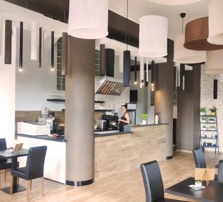 V Ostravě - Porubě na Hlavní třídě vznikl nový podnik, na jehož vzhledu jsem se podílel. Kafe Palača se zaměřením na palačinky, wafle a kávu.